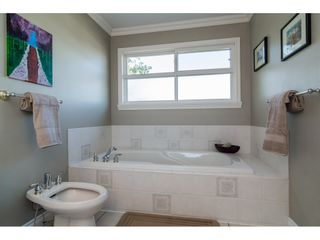 """Photo 14: 5083 224 Street in Langley: Murrayville House for sale in """"Murrayville"""" : MLS®# R2186370"""