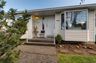 Photo 41: 10193 Fifth St in : Si Sidney North-East Half Duplex for sale (Sidney)  : MLS®# 870750