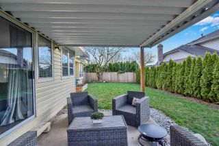 """Photo 10: 6219 189TH STREET Street in Surrey: Cloverdale BC House for sale in """"Eaglecrest"""" (Cloverdale)  : MLS®# R2549565"""