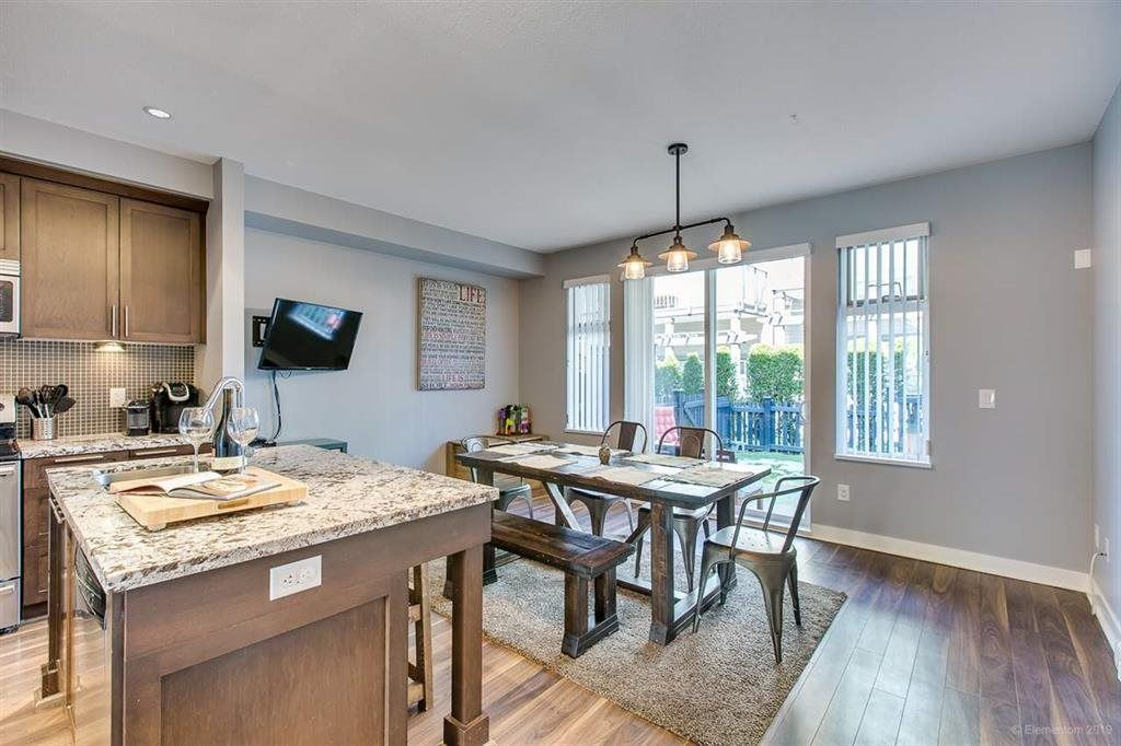 """Photo 6: Photos: 108 1460 SOUTHVIEW Street in Coquitlam: Burke Mountain Townhouse for sale in """"CEDAR CREEK"""" : MLS®# R2539546"""