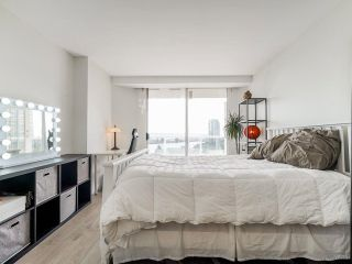 """Photo 17: 1006 1235 QUAYSIDE Drive in New Westminster: Quay Condo for sale in """"RIVIERA TOWER"""" : MLS®# R2612437"""