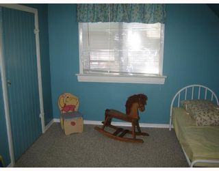 Photo 7: 727 BOYD Avenue in WINNIPEG: North End Residential for sale (North West Winnipeg)  : MLS®# 2716268