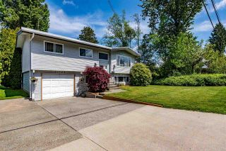 Photo 2: 31745 CHARLOTTE Avenue in Abbotsford: Abbotsford West House for sale : MLS®# R2579310