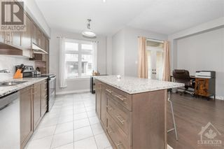 Photo 14: 84 STOCKHOLM PRIVATE in Ottawa: House for sale : MLS®# 1258634