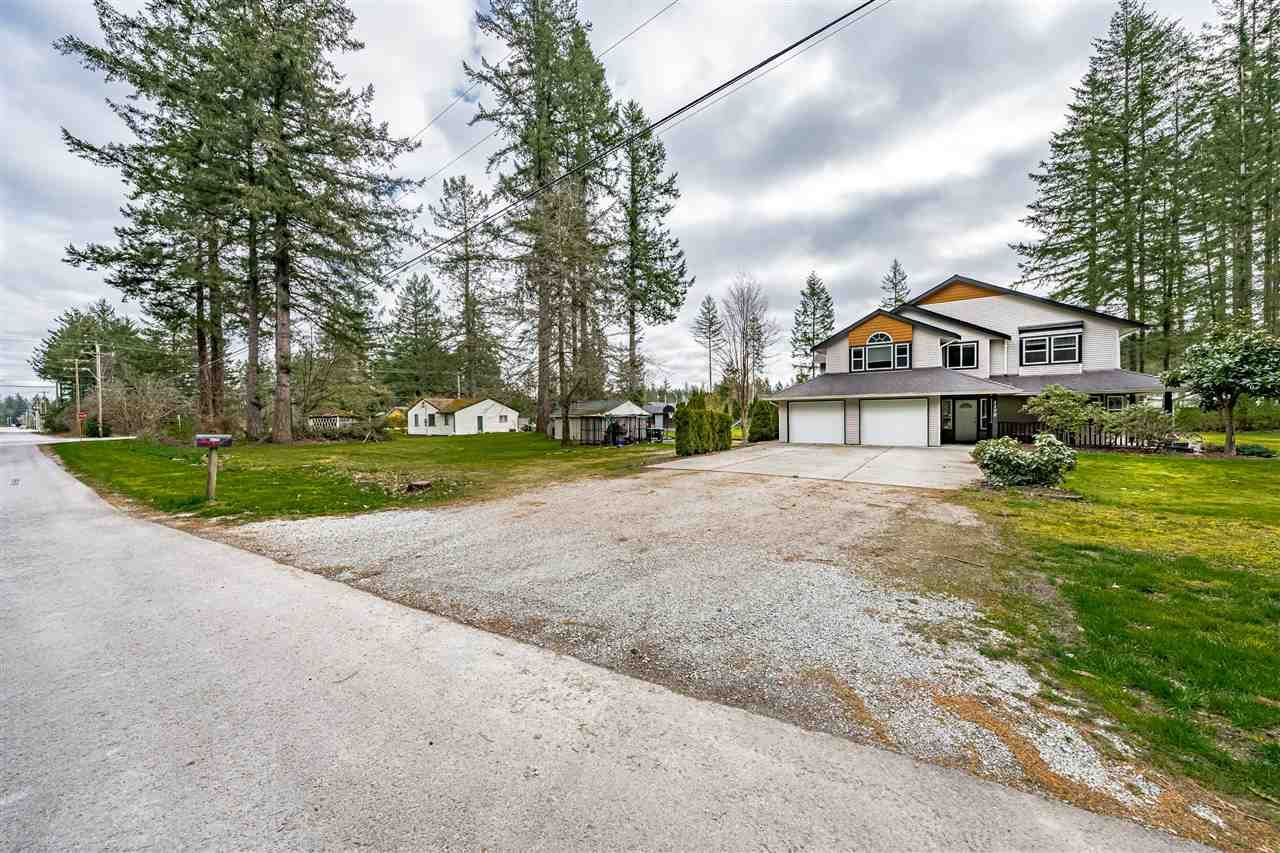 Main Photo: 3170 196 Street in Langley: House  : MLS®# R2565468