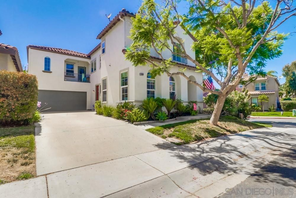 Main Photo: CARMEL VALLEY House for sale : 4 bedrooms : 13568 Foxglove Way in San Diego