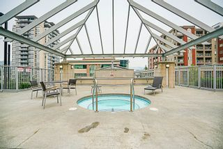 """Photo 20: 906 2978 GLEN Drive in Coquitlam: North Coquitlam Condo for sale in """"GRAND CENTRAL ONE"""" : MLS®# R2204292"""