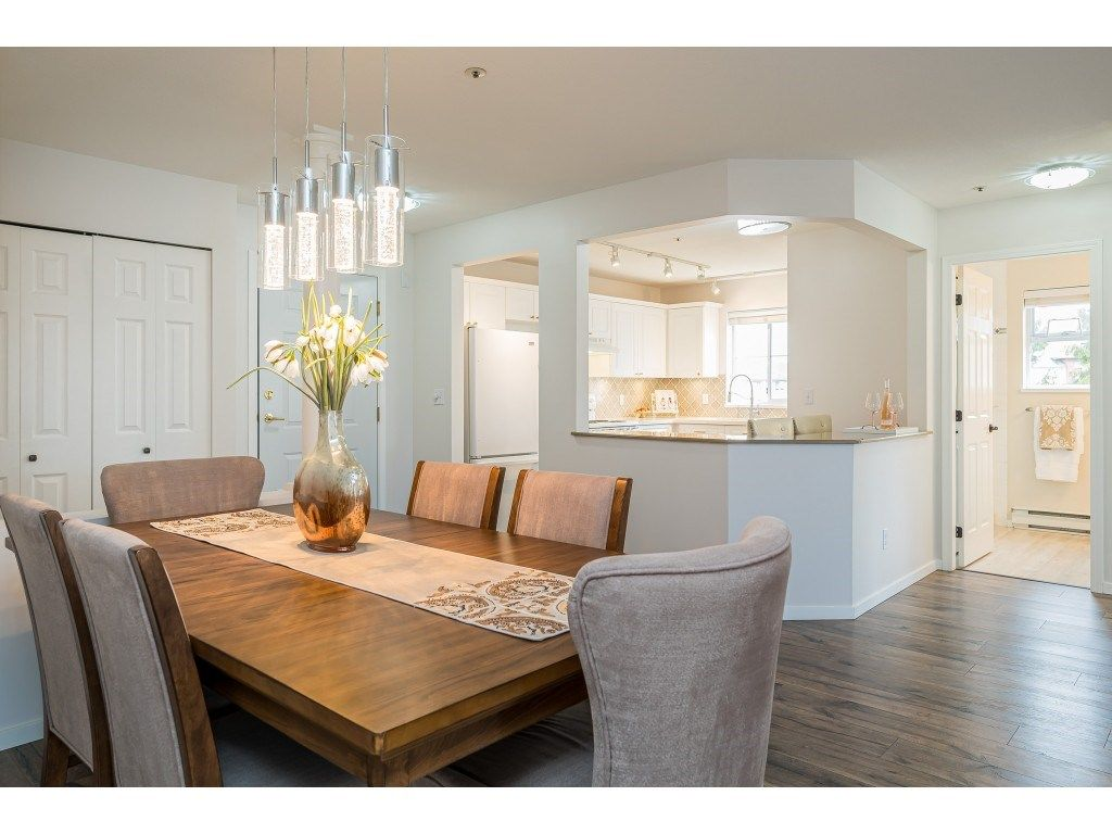"""Photo 10: Photos: 312 5568 201A Street in Langley: Langley City Condo for sale in """"Michaud Gardens"""" : MLS®# R2563265"""