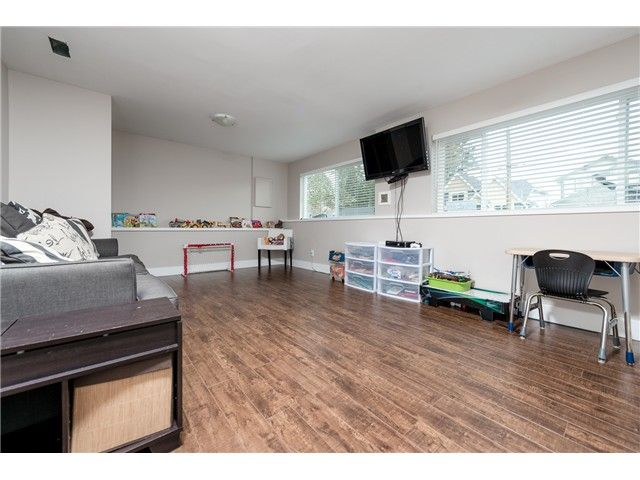 Photo 12: Photos: 1632 ROBERTSON AV in Port Coquitlam: Glenwood PQ House for sale : MLS®# V1112767