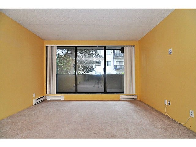 Photo 10: Photos: 204 110 W 4TH STREET in : Lower Lonsdale Condo for sale : MLS®# V1070912