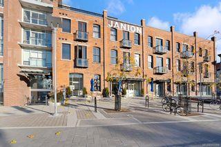 Photo 2: 511 456 Pandora Ave in : Vi Downtown Condo for sale (Victoria)  : MLS®# 855398