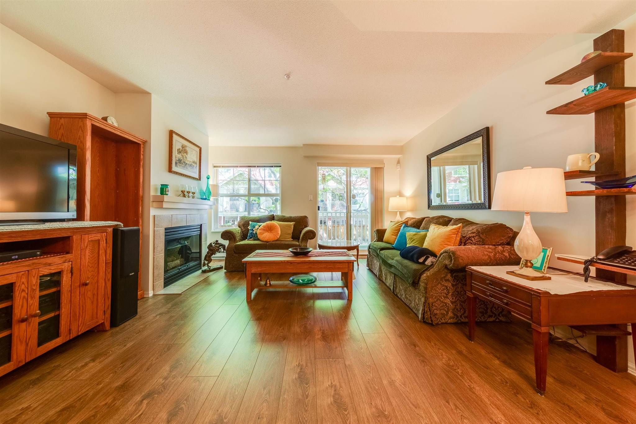 """Main Photo: 36 123 SEVENTH Street in New Westminster: Uptown NW Townhouse for sale in """"ROYAL TERRACE"""" : MLS®# R2595208"""