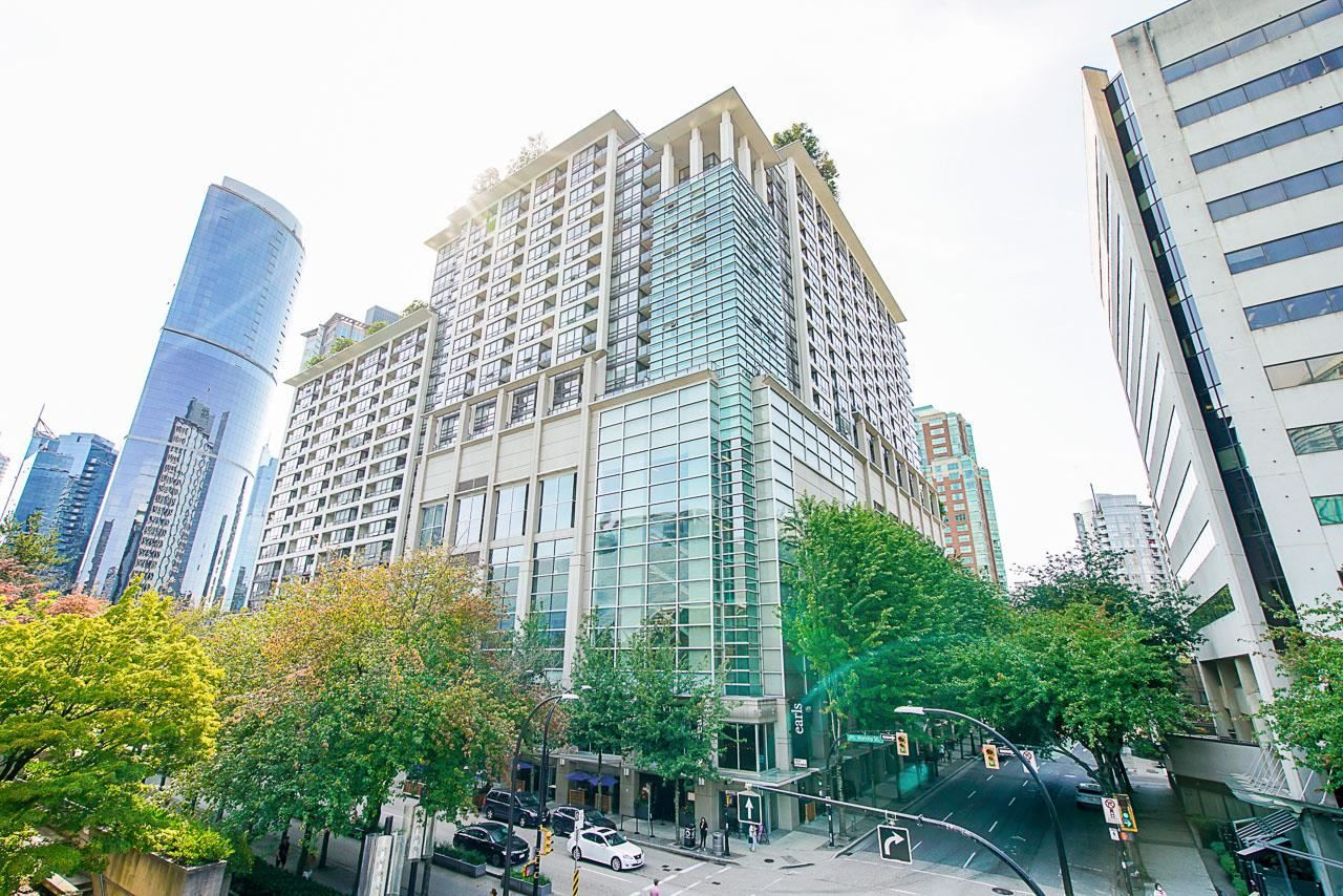 """Main Photo: 702 933 HORNBY Street in Vancouver: Downtown VW Condo for sale in """"Electric Avenue"""" (Vancouver West)  : MLS®# R2603331"""