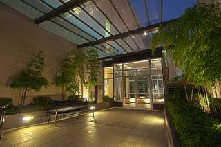 "Photo 1: 509 822 SEYMOUR Street in Vancouver: Downtown VW Condo for sale in ""L'ARIA"" (Vancouver West)  : MLS®# V938460"