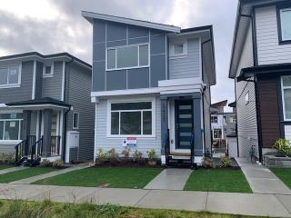 """Photo 2: 13721 232A Street in Maple Ridge: Silver Valley House for sale in """"SILVER WINDS"""" : MLS®# R2620977"""
