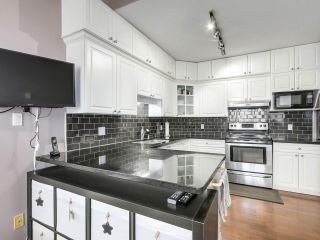 """Photo 11: 432 5735 HAMPTON Place in Vancouver: University VW Condo for sale in """"The Bristol"""" (Vancouver West)  : MLS®# R2541158"""