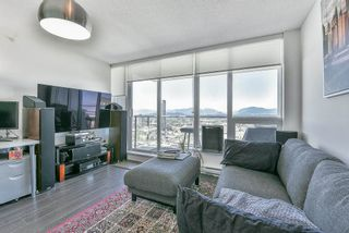 """Photo 5: 3910 13696 100 Avenue in Surrey: Whalley Condo for sale in """"PARK AVE WEST"""" (North Surrey)  : MLS®# R2538979"""