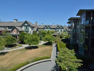 Photo 4: # 306 6268 EAGLES DR in Vancouver: University VW Condo for sale (Vancouver West)  : MLS®# V1040013