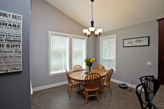 """Photo 3: 31940 OYAMA Place in Mission: Mission BC House for sale in """"OYAMA ESTATES"""" : MLS®# R2072305"""