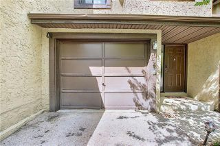 Photo 39: 24 GLAMIS Gardens SW in Calgary: Glamorgan Row/Townhouse for sale : MLS®# A1077235