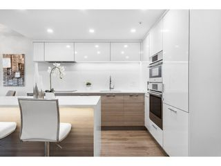"""Photo 6: 1210 1050 BURRARD Street in Vancouver: Downtown VW Condo for sale in """"WALL CENTRE"""" (Vancouver West)  : MLS®# R2587308"""