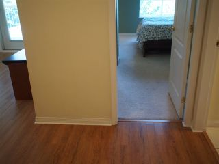 """Photo 10: 302 130 W 22ND Street in North Vancouver: Central Lonsdale Condo for sale in """"The Emerald"""" : MLS®# R2078620"""