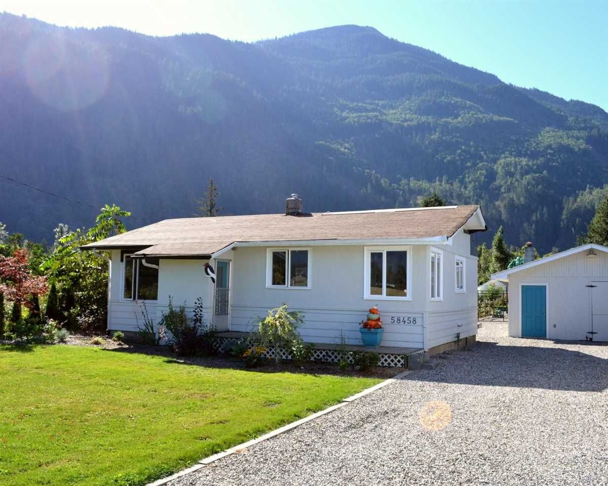 Main Photo: 58458 MCKAY Road in Laidlaw: Hope Laidlaw House for sale (Hope)  : MLS®# R2103703