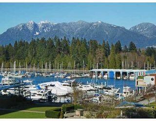 "Photo 1: 405 1680 BAYSHORE Drive in Vancouver: Coal Harbour Condo for sale in ""BAYSHORE GARDENS"" (Vancouver West)  : MLS®# R2173851"