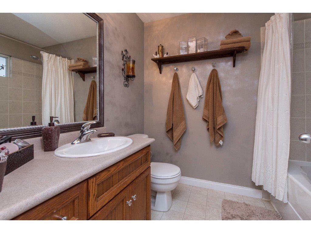 "Photo 21: Photos: 9 45306 BALMORAL Avenue in Sardis: Sardis West Vedder Rd House for sale in ""BALMORAL PARK ESTATES"" : MLS®# R2518450"