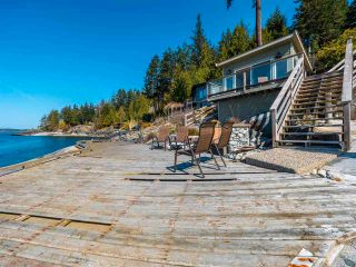 Photo 23: 8345 - 8347 REDROOFFS Road in Halfmoon Bay: Halfmn Bay Secret Cv Redroofs House for sale (Sunshine Coast)  : MLS®# R2562190