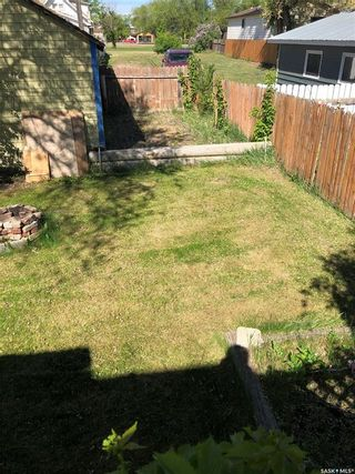 Photo 5: 825 L Avenue South in Saskatoon: King George Residential for sale : MLS®# SK859325