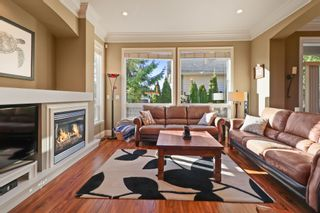 """Photo 6: 7005 196B Street in Langley: Willoughby Heights House for sale in """"WILLOWBROOK"""" : MLS®# R2334310"""