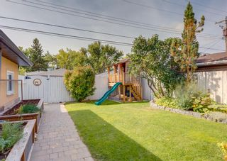 Photo 34: 33 Windermere Road SW in Calgary: Wildwood Detached for sale : MLS®# A1146094