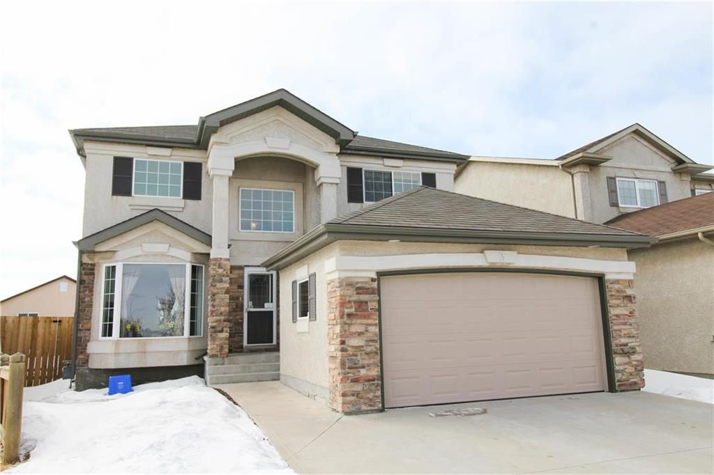 Main Photo: 3 Higham Bay in Winnipeg: River Park South Residential for sale (2F)  : MLS®# 202005901