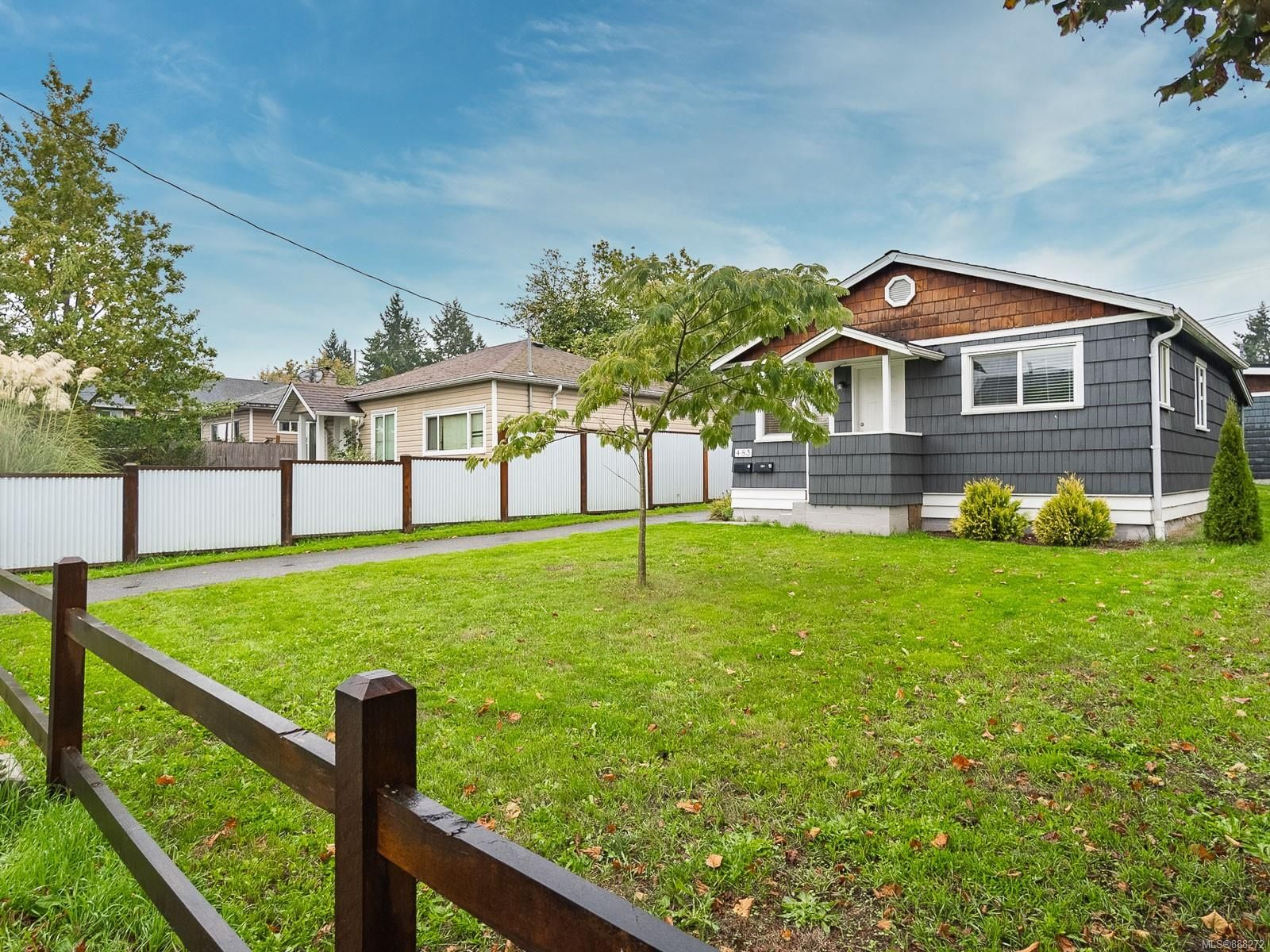 Main Photo: 483 Howard Ave in : Na University District House for sale (Nanaimo)  : MLS®# 888272