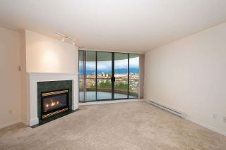 """Photo 4: 1308 4425 HALIFAX Street in Burnaby: Brentwood Park Condo for sale in """"POLARIS"""" (Burnaby North)  : MLS®# R2426682"""