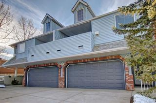 Photo 2: 86 VALLEY RIDGE Heights NW in Calgary: Valley Ridge Row/Townhouse for sale : MLS®# C4222084