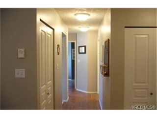 Photo 3:  in VICTORIA: SE Swan Lake Condo for sale (Saanich East)  : MLS®# 439406