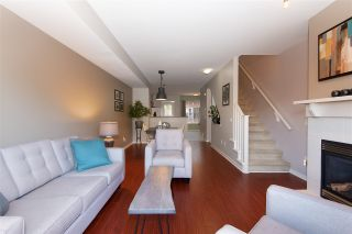 """Photo 3: 72 2000 PANORAMA Drive in Port Moody: Heritage Woods PM Townhouse for sale in """"Mountain's Edge"""" : MLS®# R2367552"""