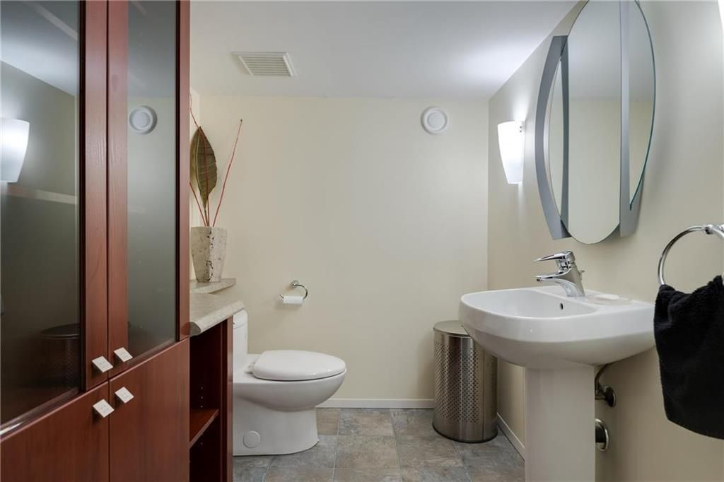 Photo 28: Photos: 97 Woodlawn Avenue in Winnipeg: Residential for sale (2C)  : MLS®# 202011539