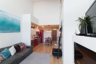Photo 4: 405 2250 COMMERCIAL Drive in Vancouver: Grandview VE Condo for sale (Vancouver East)  : MLS®# R2115074