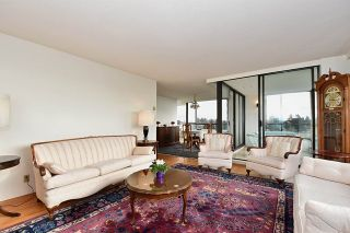 """Photo 3: 1202 2115 W 40TH Avenue in Vancouver: Kerrisdale Condo for sale in """"THE REGENCY"""" (Vancouver West)  : MLS®# R2030337"""