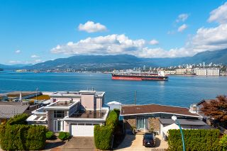 Photo 1: 402 2366 WALL Street in Vancouver: Hastings Condo for sale (Vancouver East)  : MLS®# R2624831