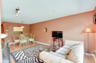 "Photo 5: 212 2960 PRINCESS Crescent in Coquitlam: Canyon Springs Condo for sale in ""THE JEFFERSON"" : MLS®# R2475309"