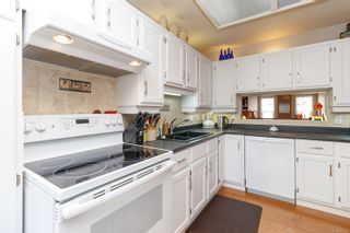 Photo 6: 33 416 Dallas Rd in Victoria: Vi James Bay Row/Townhouse for sale : MLS®# 869043
