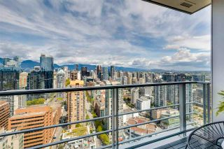 """Photo 8: 3803 1283 HOWE Street in Vancouver: Downtown VW Condo for sale in """"Tate"""" (Vancouver West)  : MLS®# R2592926"""