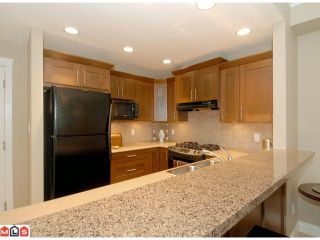 Photo 5: 118 1787 154TH Street in Surrey: King George Corridor Condo for sale (South Surrey White Rock)  : MLS®# F1020147
