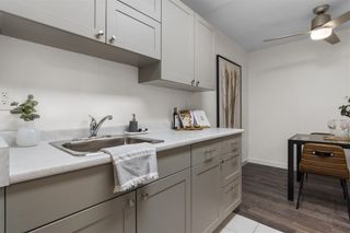 """Photo 4: 203 1484 CHARLES Street in Vancouver: Grandview Woodland Condo for sale in """"LANDMARK ARMS"""" (Vancouver East)  : MLS®# R2613737"""