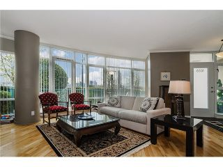 """Photo 2: 1035 MARINASIDE Crescent in Vancouver: Yaletown Townhouse for sale in """"Quaywest"""" (Vancouver West)  : MLS®# V1003827"""