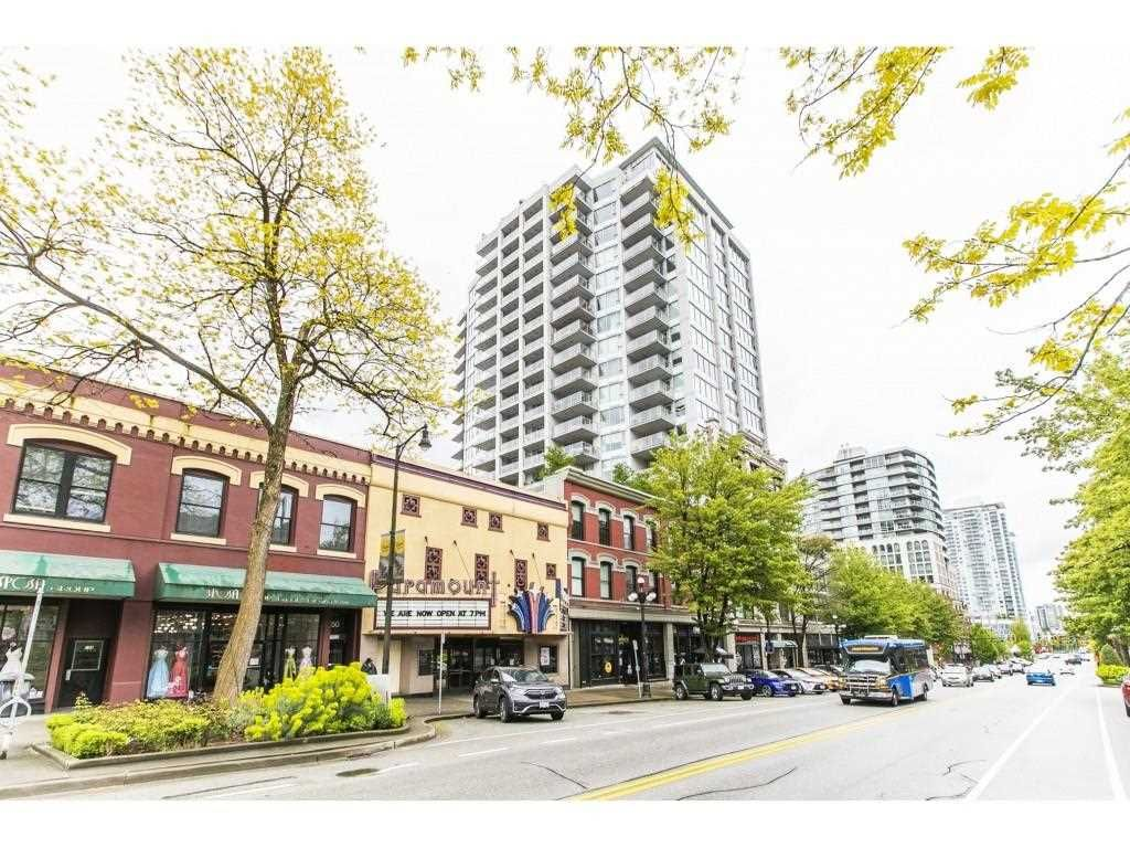 "Main Photo: 1906 668 COLUMBIA Street in New Westminster: Quay Condo for sale in ""TRAPP & HOLBROOK"" : MLS®# R2575378"